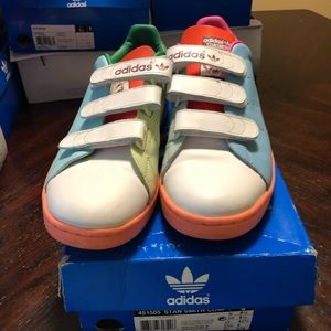 Men's Adidas ranging from size 9- 9 1/2